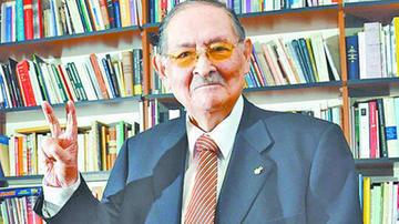 Muere a los 89 años el dirigente del MNR Guillermo Bedregal