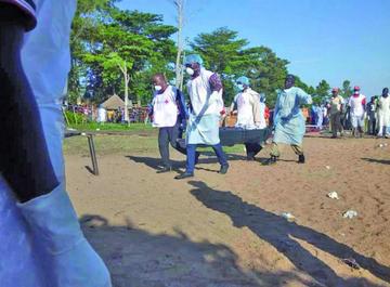 Sube a 131 muertos en naufragio de un ferri en lago de Tanzania