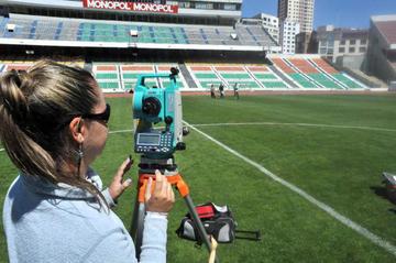 La Conmebol comienza con la inspección a estadios en Bolivia