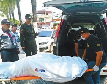 Santa Cruz: muere el hombre linchado frente a su esposa y a su hija de 2 años