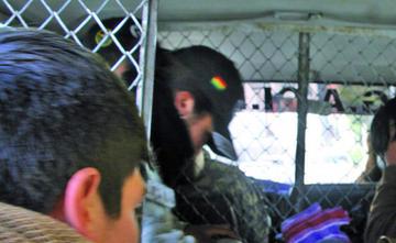 Detienen a un colombiano por supuesto allanamiento