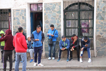 Jugadores de Real Potosí cumplen el tercer día de paro