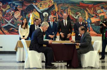 Bolivia y Alemania producirán en sociedad mixta baterías de litio