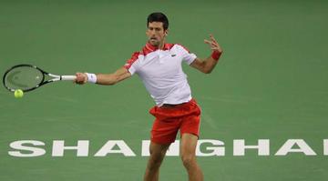 Djokovic pasa a octavos en Shanghái