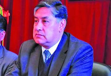 Juan Lanchipa anuncia  que cambiará a los nueve fiscales departamentales