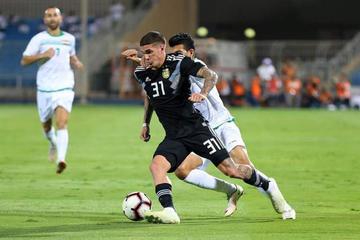 Argentina golea a Irak en la previa del partido ante Brasil en Arabia