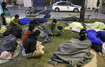 Investigan asesinato a sangre fría de tres refugiadas en Grecia