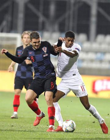 Croacia e Inglaterra empatan sin goles en un estadio vacío
