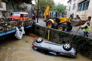 Mueren 12 personas en el sur de Francia tras fuertes tormentas