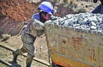 Campesinos prevén  retorno a sus chacras por baja minera