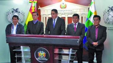 Presentan proyecto de ley que busca reducir detenciones preventivas