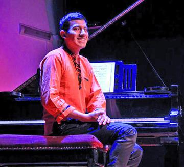 Pianista potosino destaca en Chile