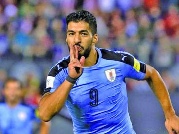Suárez y Giménez vuelven a la convocatoria en Uruguay para los duelos ante Brasil y Francia
