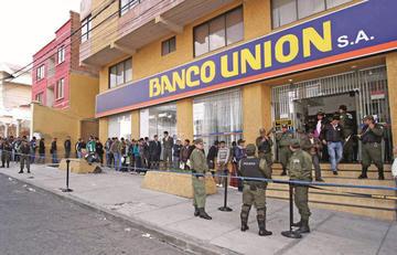 Los directores del Banco Unión  perciben una dieta de Bs 15 mil