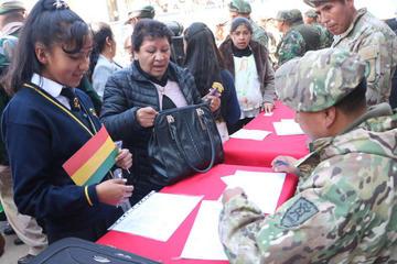 Algunos distritos potosinos concluyeron el pago del bono Juancito Pinto