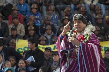 Evo entrega obras en 12 regiones de Potosí por el aniversario cívico