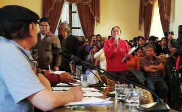 Develan que los feriafranquistas quieren quedarse hasta febrero