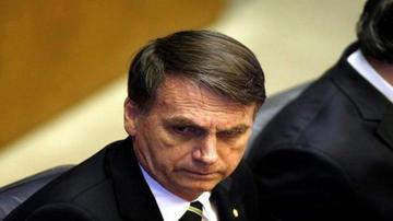 Bolsonaro modifica su gabinete para darle espacio a un militar activo
