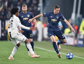 Manchester United remonta y aplaza la clasificación de Juventus