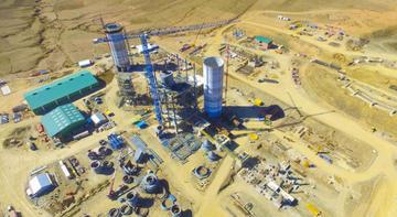 Bolivia dejará de importar asfalto y usará cemento potosino para vías
