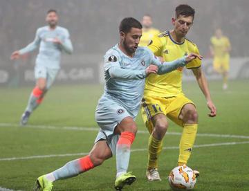 Chelsea y Lazio avanzan en la Liga Europa