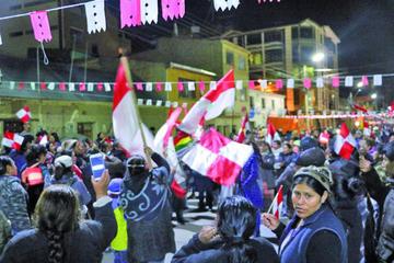 Feriafranquistas intentaron entrar ayer al campo ferial