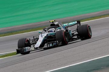 """Hamilton logra la """"pole"""" en el Gran Premio de Brasil"""