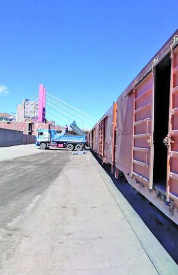 La contaminación por el carguío de minerales genera movilización