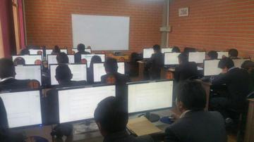 La UATF aplica los exámenes de ingreso a Enfermería y Arquitectura hoy