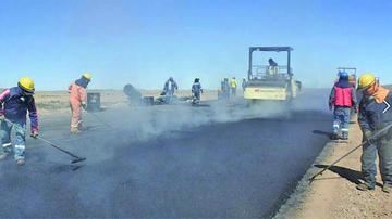 Empresa Cartelone asume compromiso de acabar obras