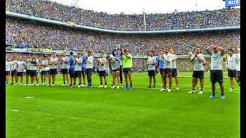 """Simpatizantes de Boca Juniors colman """"La Bombonera"""" en la antesala del Superclásico"""