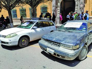 Diprove recupera dos vehículos robados