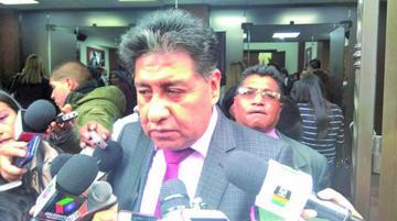 Fiscalía descarta indagar el audio de la supuesta vigilancia a medios