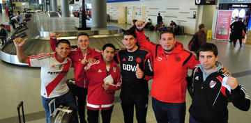 Hinchas de River Plate y de Boca Juniors viajarán a Madrid en aviones separados