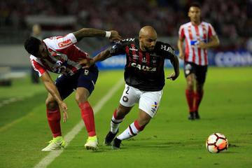 Paranaense y Junior se juegan el título de la Sudamericana