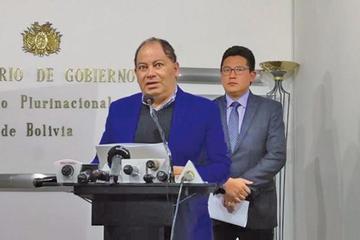 Piden informe oral al ministro Romero