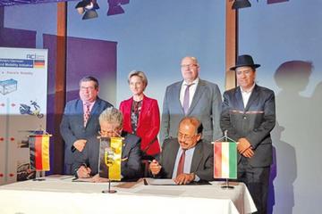 Bolivia y Alemania forman empresa mixta para producir baterías de litio