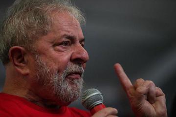 Lula afirma que no cambiará su dignidad para salir de prisión