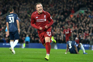 Liverpool vence 3-1 a Manchester United