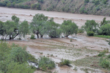Declaran alerta naranja frente a la llegada de lluvias en Potosí