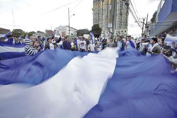 """SIP denuncia """"graves atropellos"""" contra la prensa en Nicaragua"""