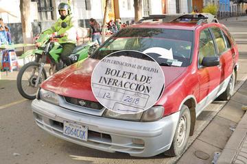 Policía emite más de 200 boletas diarias de infracciones de tránsito