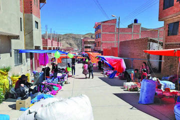 Vecinos piden crear otras ferias y los comerciantes amenazan