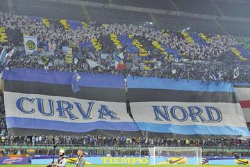 Inter jugará a puerta cerrada por racismo