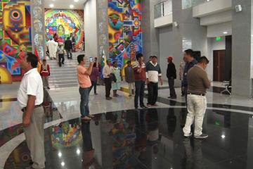 Visitantes destacan las obras de la casa grande del pueblo en La Paz