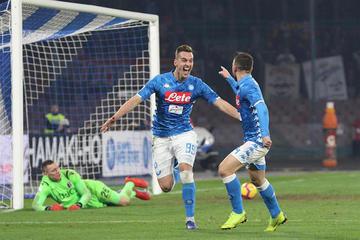 Nápoles gana y cierra la primera vuelta a 9 puntos del líder
