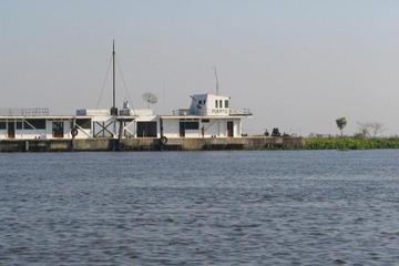 Gobierno y empresarios pactan consolidar el Puerto Busch