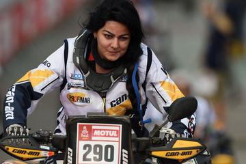Martínez es la única mujer boliviana que correrá en el Dakar