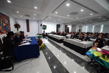 Evo pide al gabinete fortalecer la lucha contra la corrupción