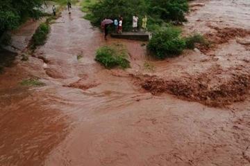Emiten alerta naranja por fuertes lluvias en Potosí y cuatro regiones